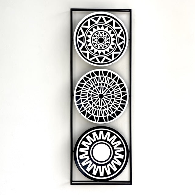 Maya Black and White Metal Wall Art