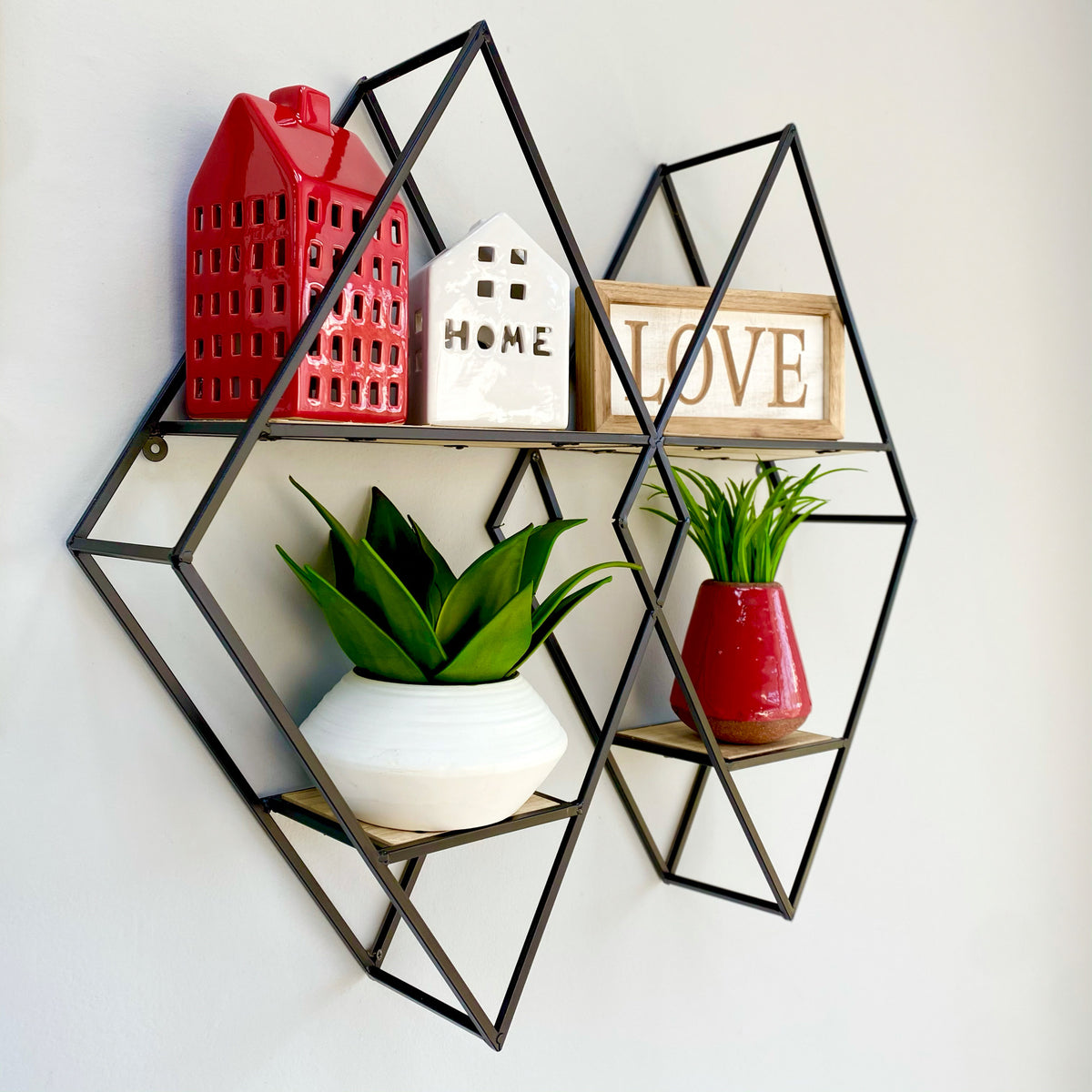 Interlocking Diamond Metal Wall Shelf