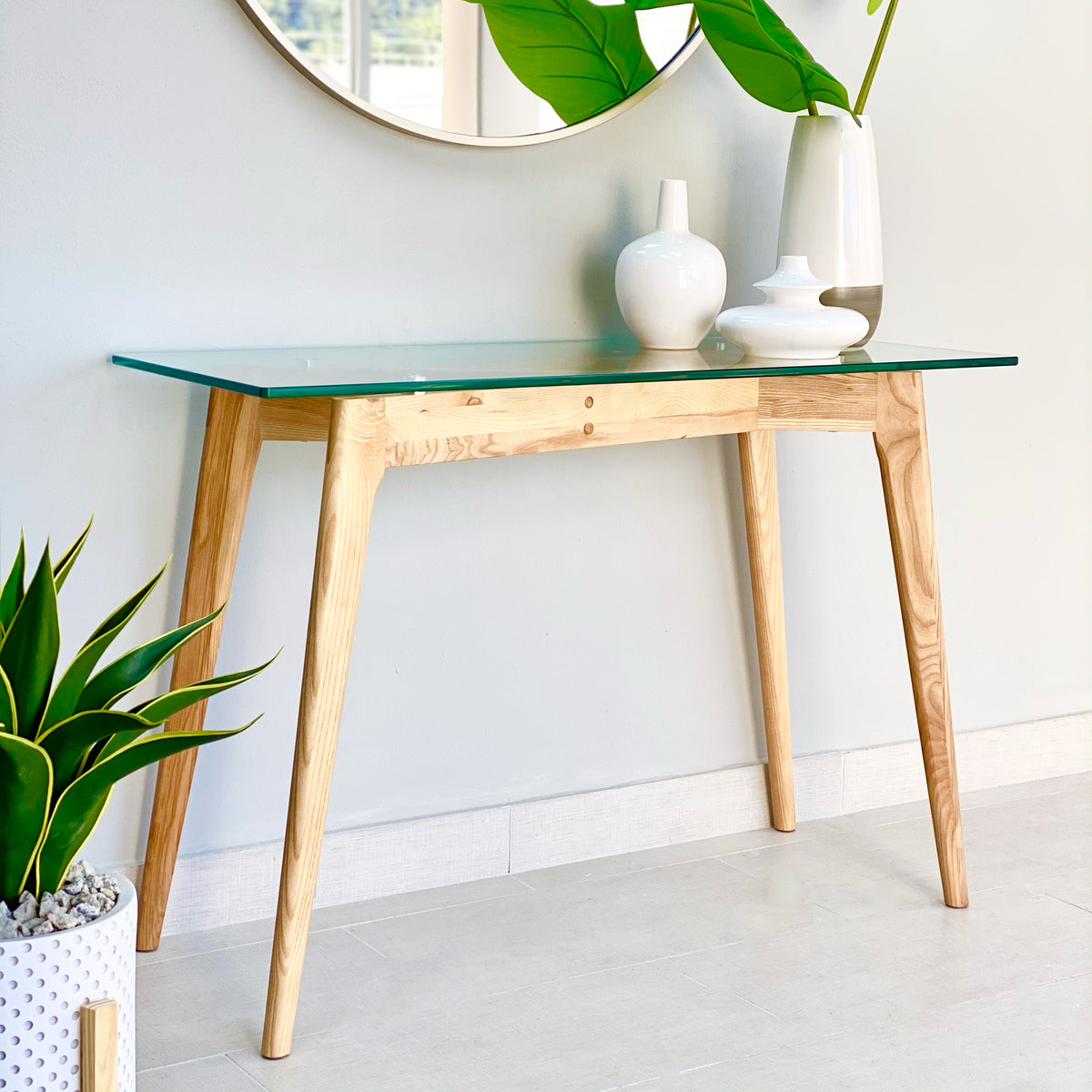 Barcelona Console Wood Table