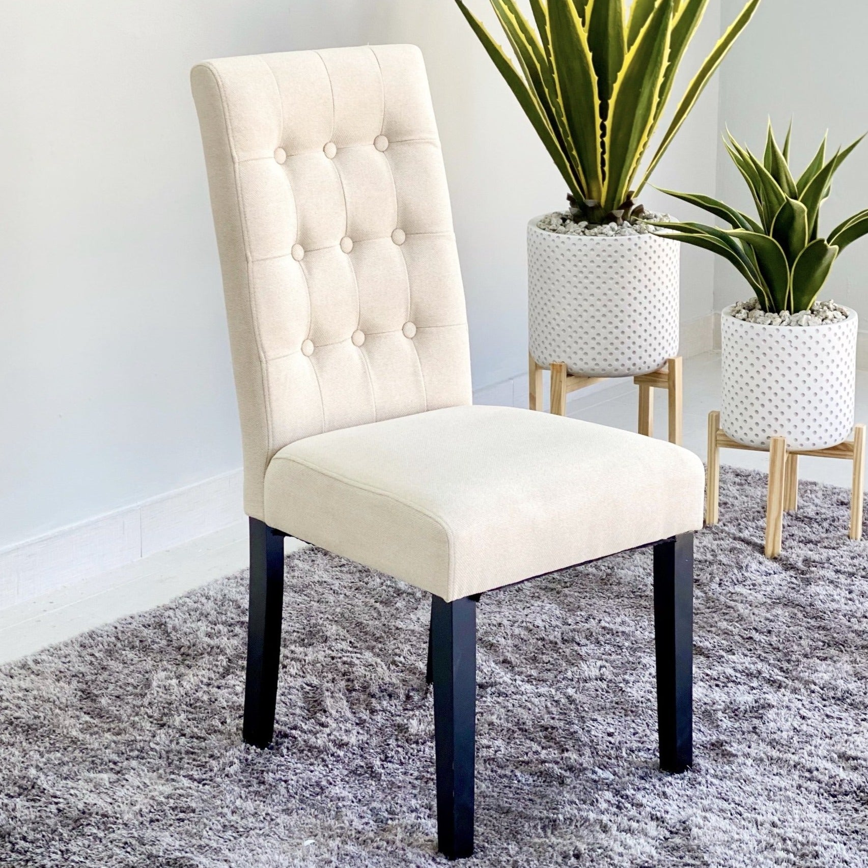 Aitor Ivory Black Legs Dinning Chair