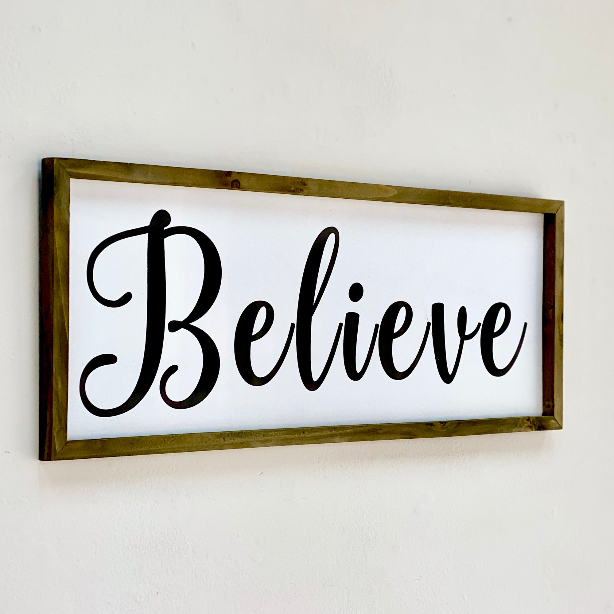 "Wood Wall Art Cursive ""Believe"""