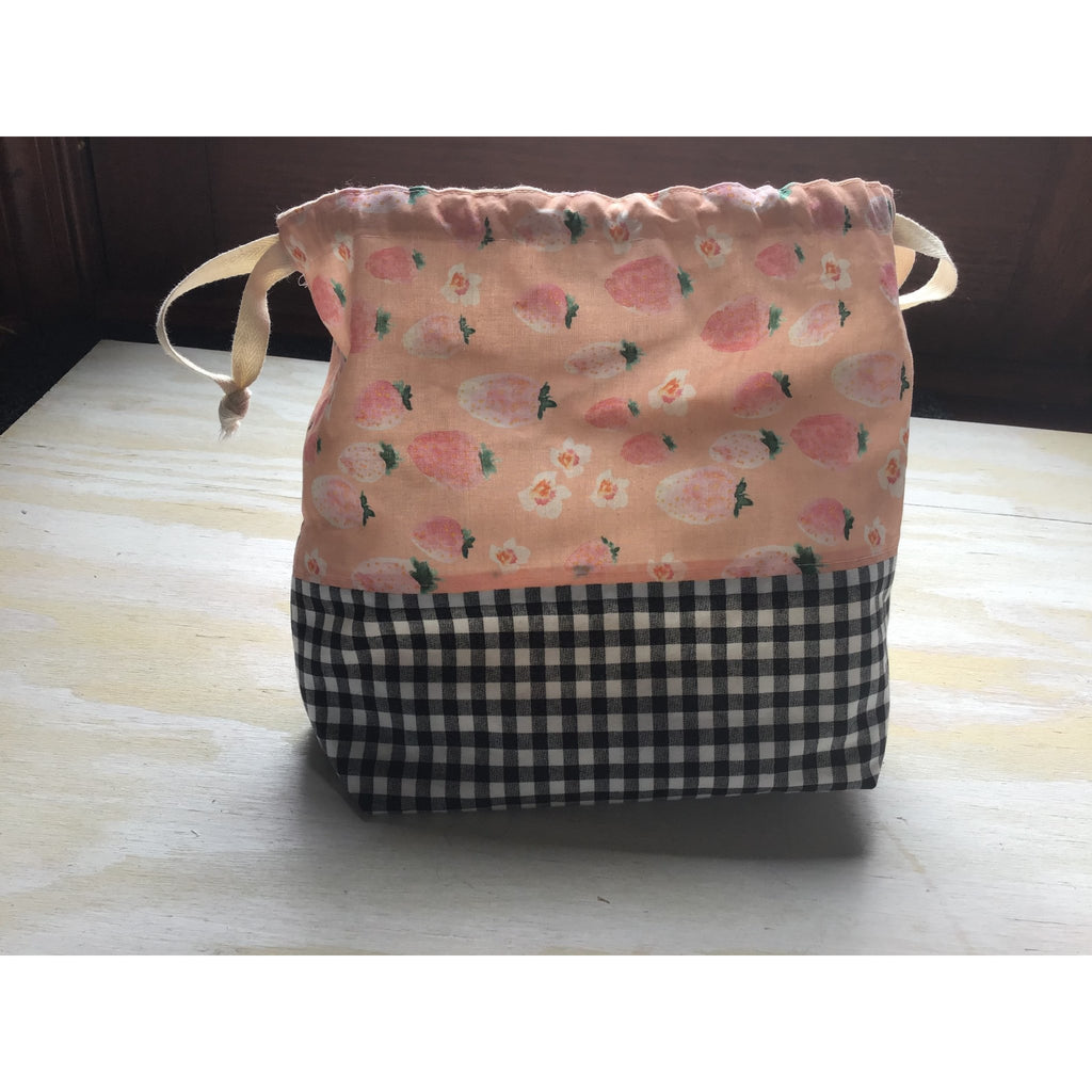 Strawbery Field Project Bag - Shoptinkknit