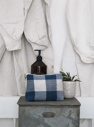 Breton Check Small Washbag Image 1