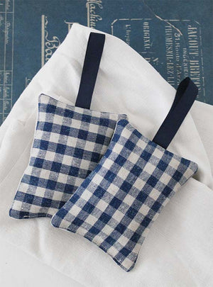 Vintage Blue Mini Check Lavender Pad