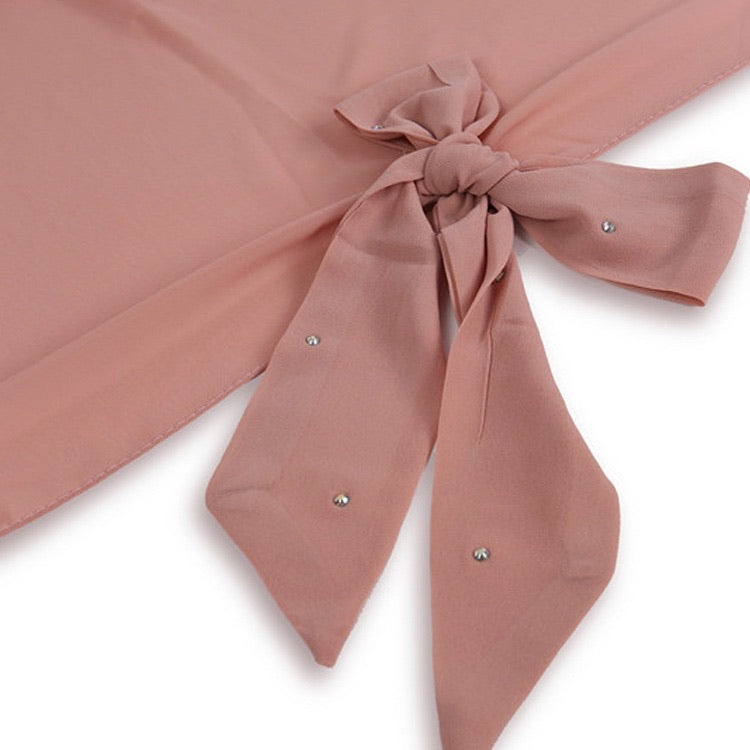 Square chiffon with bow