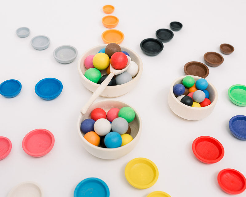 Colorful Ball Sorting Game with Bowls
