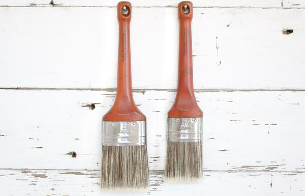 Country Chic Oval Paint Brush