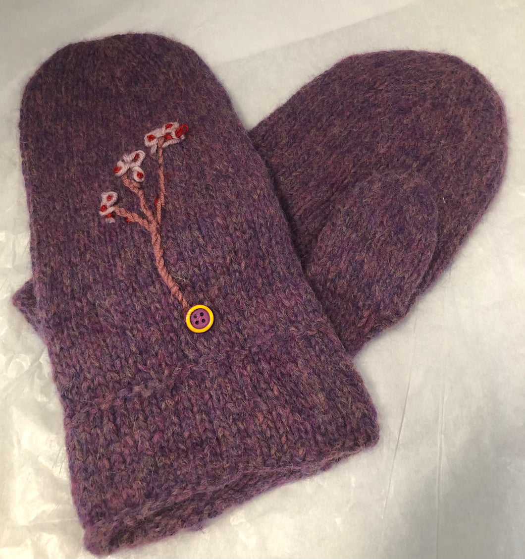 Hand Knit Mitt with Motif