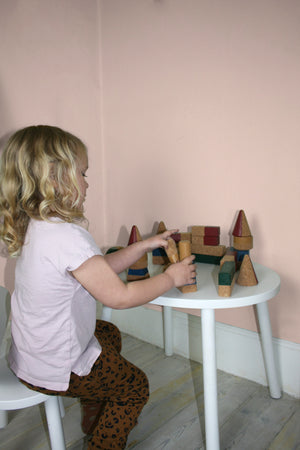 MOUSE TABLE (2-5 YEARS) // WHITE MDF