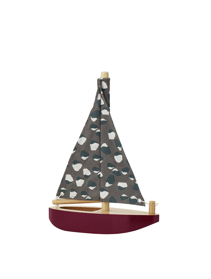 HARBOUR BOAT - WOODEN TOY SAILBOAT // BURGUNDY
