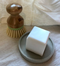 Load image into Gallery viewer, Soap - CLEANING - Coconut and castor