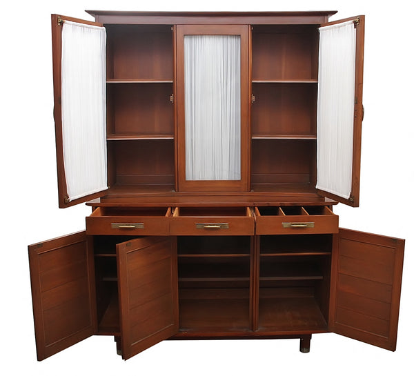 Mid Century Modern Willet Furniture Display Cabinet