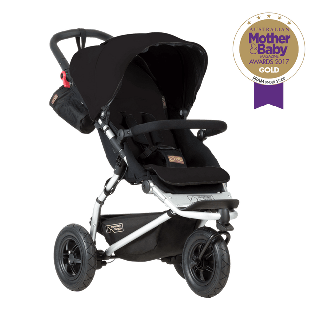 mountain buggy swift compact buggy mother baby magazine awards 2017 3/4 view shown in colour black_black
