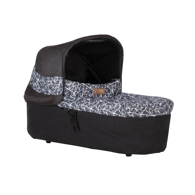 Mountain Buggy carrycot plus front view in colour graphite_graphite