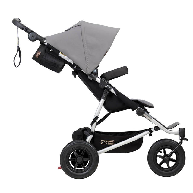 Mountain Buggy duet cochecito gemelar vista lateral color silver_silver