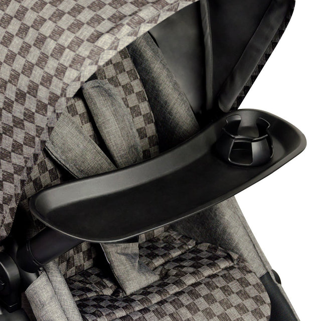 Mountain Buggy cosmopolitan food tray close up on the cosmopolitan luxury buggy in colour geo_black