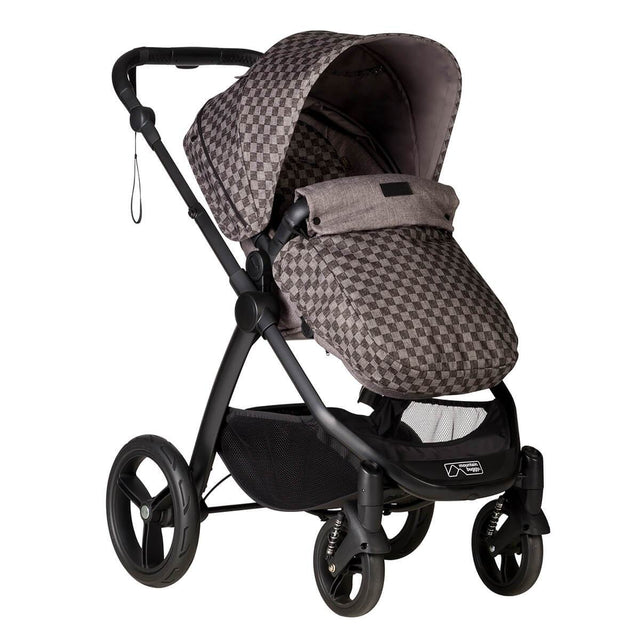 Mountain buggy cosmopolitan luxury 4 wheel modular buggy with cosy toe fitted in colour geo_geo