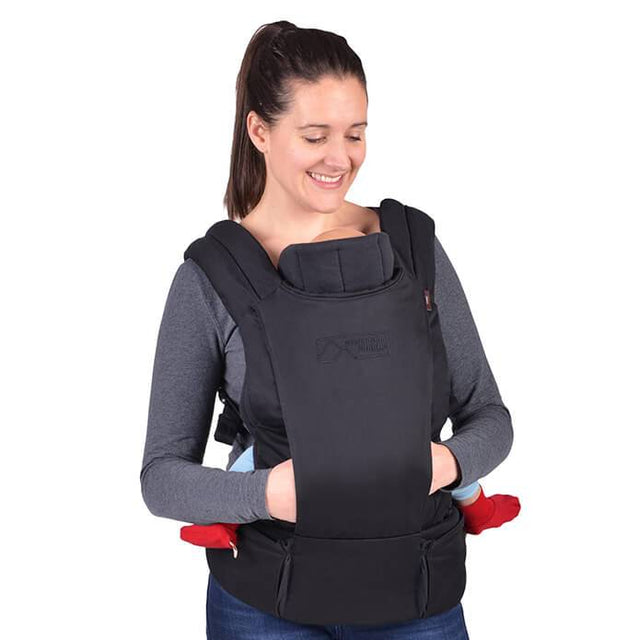 mountain buggy juno baby carrier in black colour with infant insert in use_black