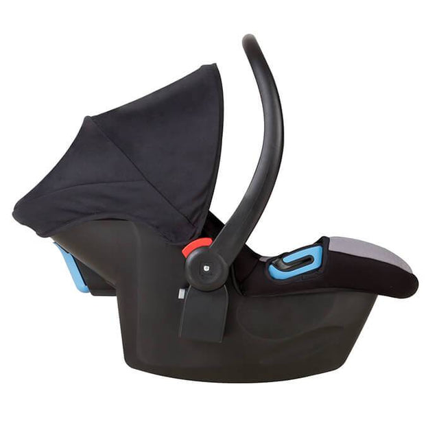 mountain buggy protect baby capsule side view_black/silver