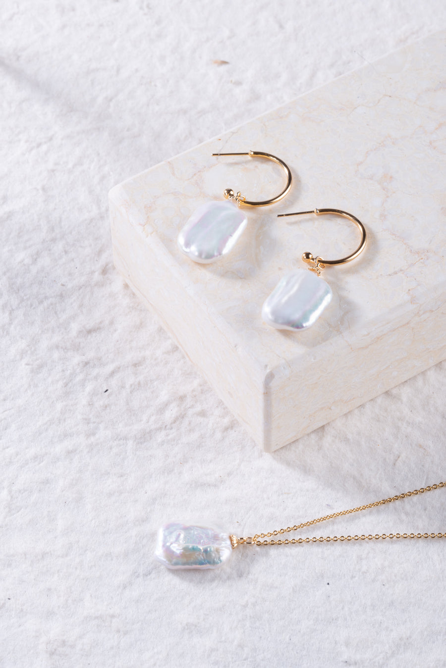 MIX&MATCH Square Baroque Hoop Earrings