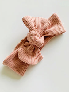 BLUSH RIBBED TILLY KNOT HEADBAND