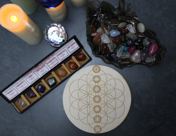 Flower of Life Chakra Crystal grid and 7 stone Chakra boxed set