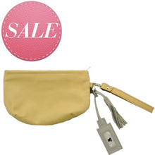 Laden Sie das Bild in den Galerie-Viewer, SMILE Clutch Caramel