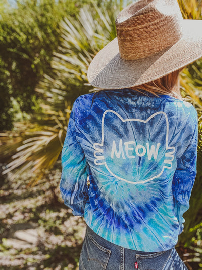 Blue Jerry White Classic Long Sleeve Meow