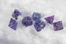 Load image into Gallery viewer, Sugarplum Handcrafted Dice