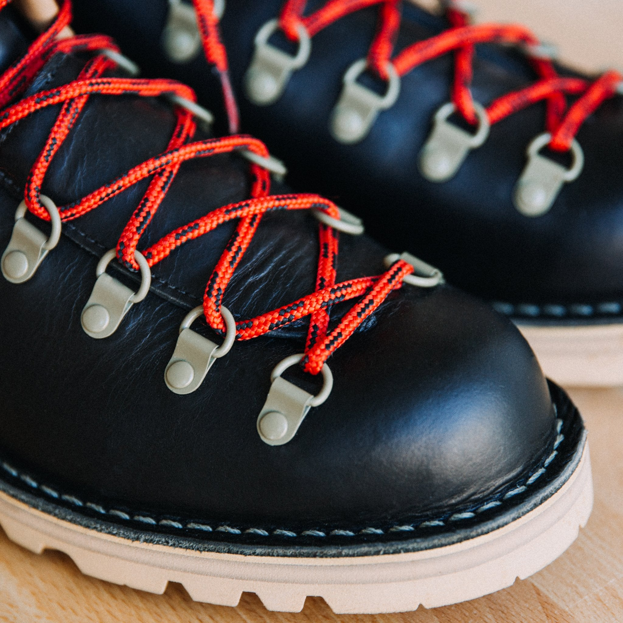 Topo Designs X Danner Mountain Light Boot Made In Usa