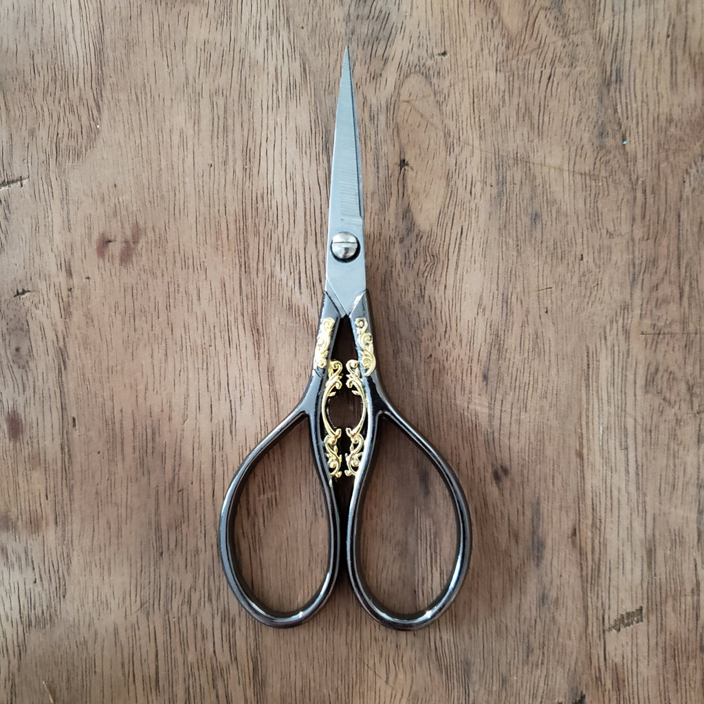 Ciseaux de broderie - Embroidery scissors