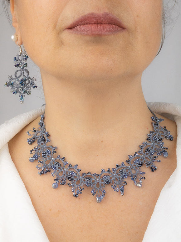 Tatting Gray and blue pearls set