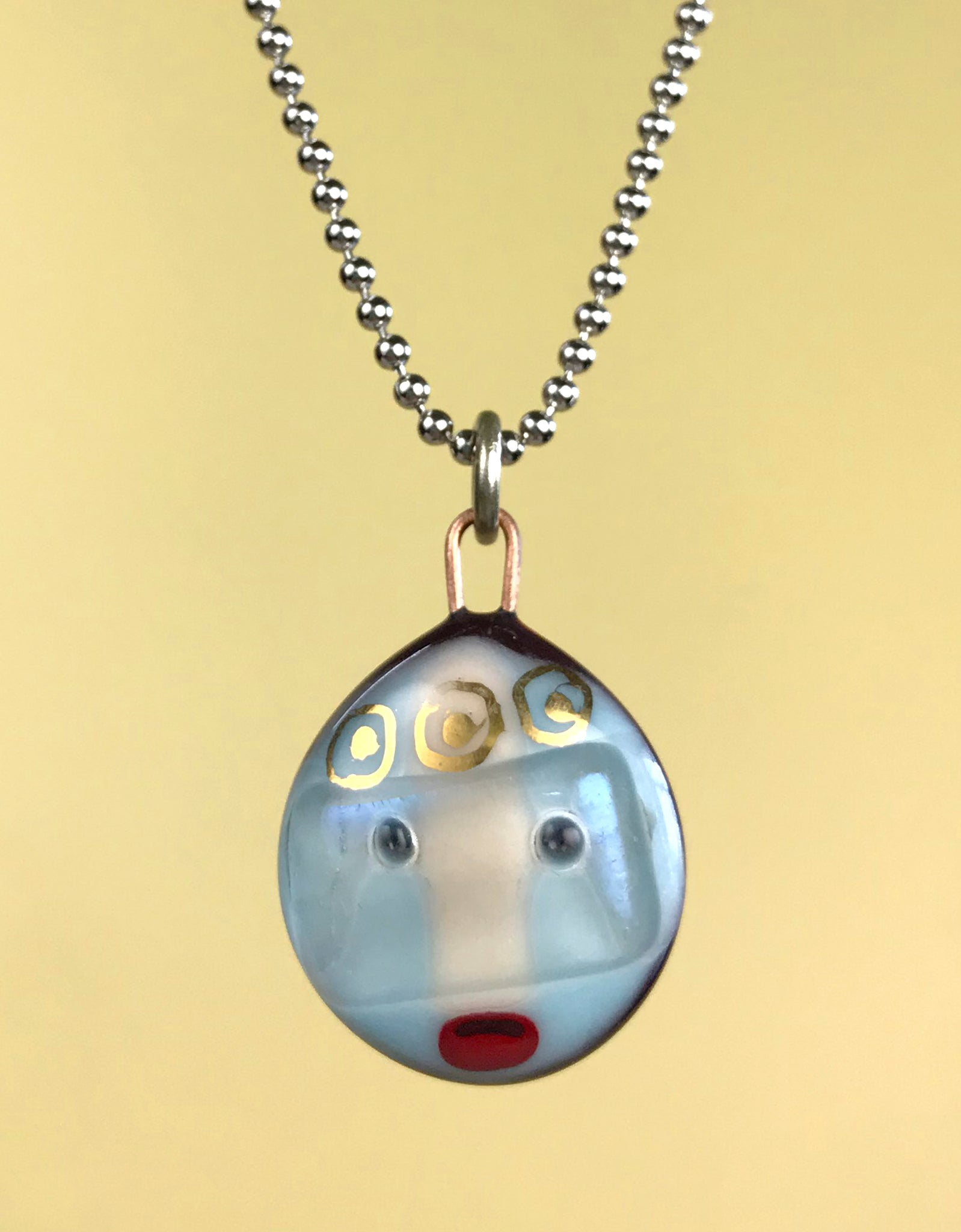 Tiny Face Pendant 9