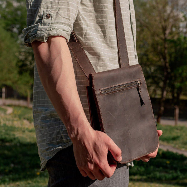Book Men's Messenger Bag