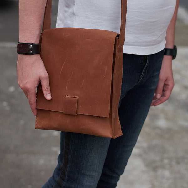 Direction Leather Men's Messenger Bag