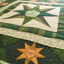 Load image into Gallery viewer, Ashley's Star Quilt