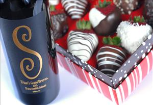 One Dozen Original Fancy Berries with One Bottle of Shari's Grand Reserve Wine