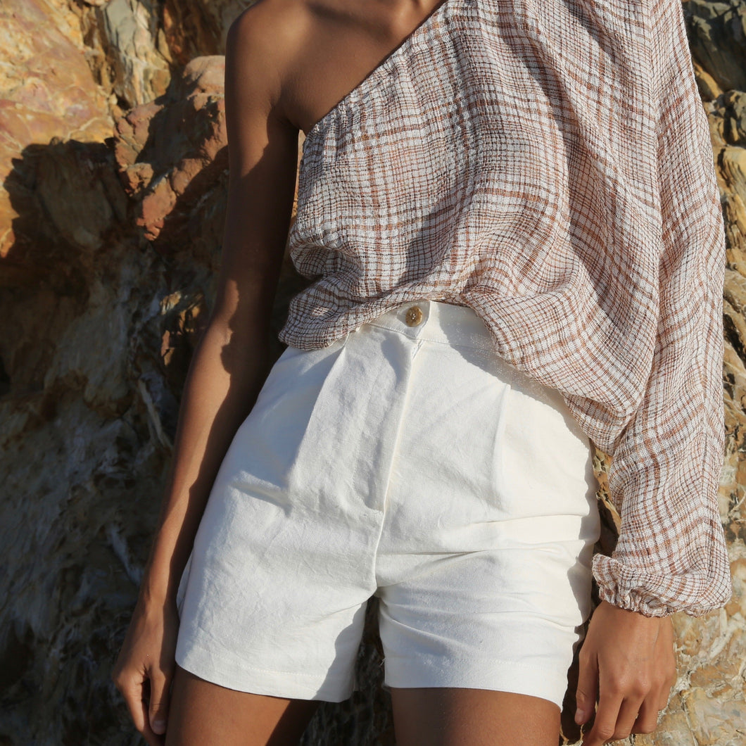 Joni Shorts in Ivory
