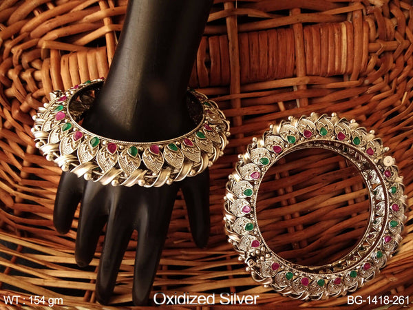 Bollywood style bridal ruby green antique bangle