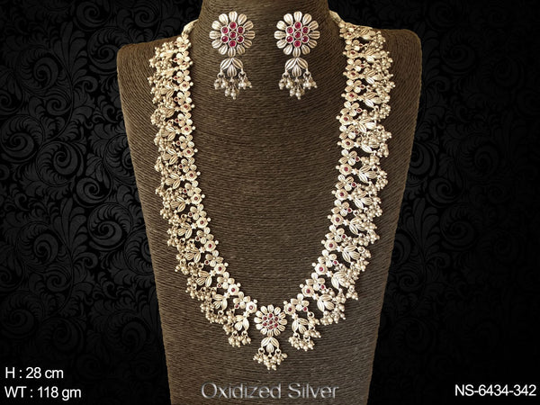 Ruby clustered pearl long silver kemp necklace set