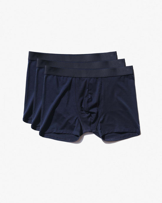 18 × Boxer Brief