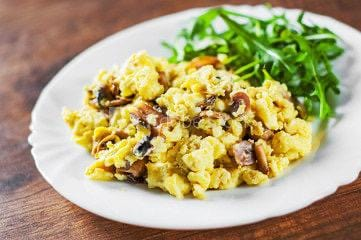 Mushroom and Spinach Scramble