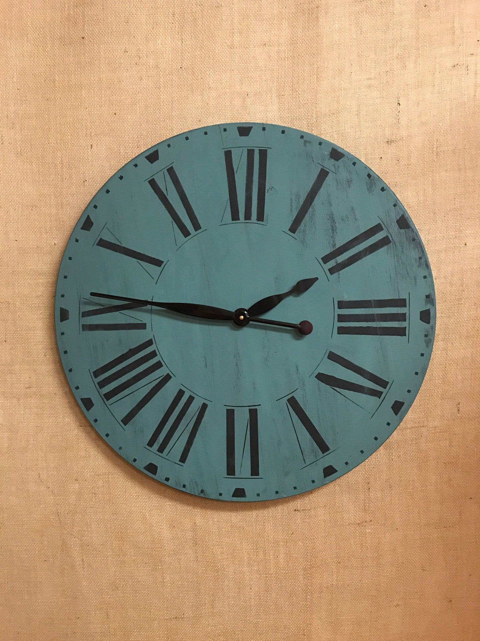 "Workshop: 23"" Farmhouse Clock U Schedule It!"