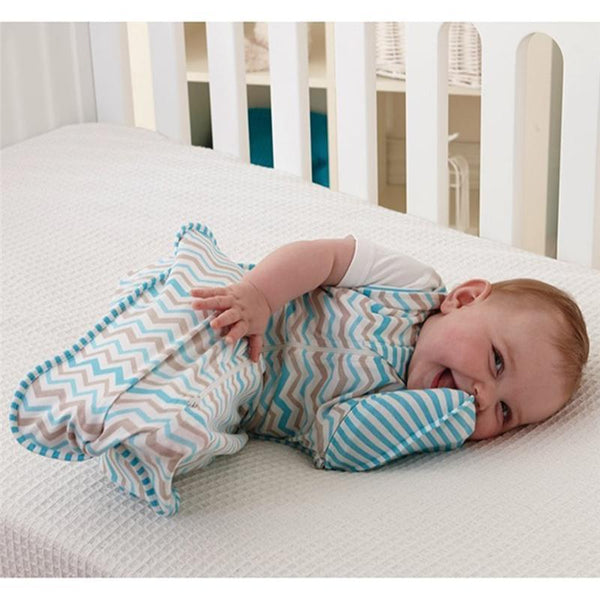 Cheeky Rascals blankets, swaddling & shawls Love to Swaddle UP 50/50 Zig-Zag Medium LMSF-ME-ZZ