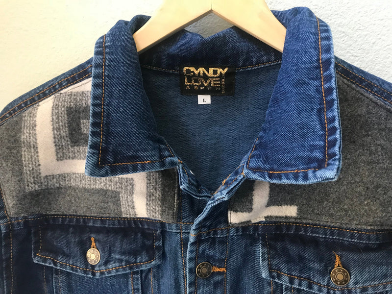 Men's Large Denim Vintage Native American Jean Jacket with Oregon wool fabric appliques - Cyndy Love Designs