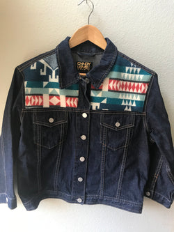 Denim Size Large Teen Vintage Native American Jean Jacket with Oregon wool fabric appliques - Cyndy Love Designs