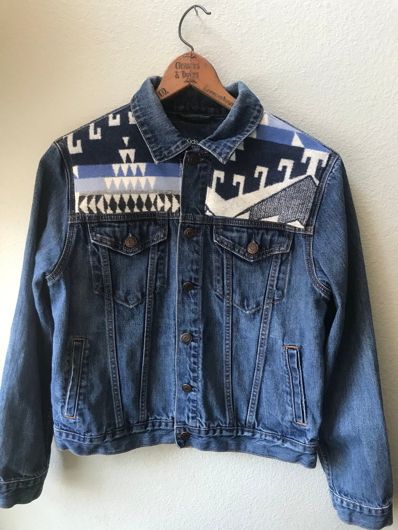 Denim Adult S/M Vintage Native American Jean Jacket with Oregon wool fabric appliques - Cyndy Love Designs