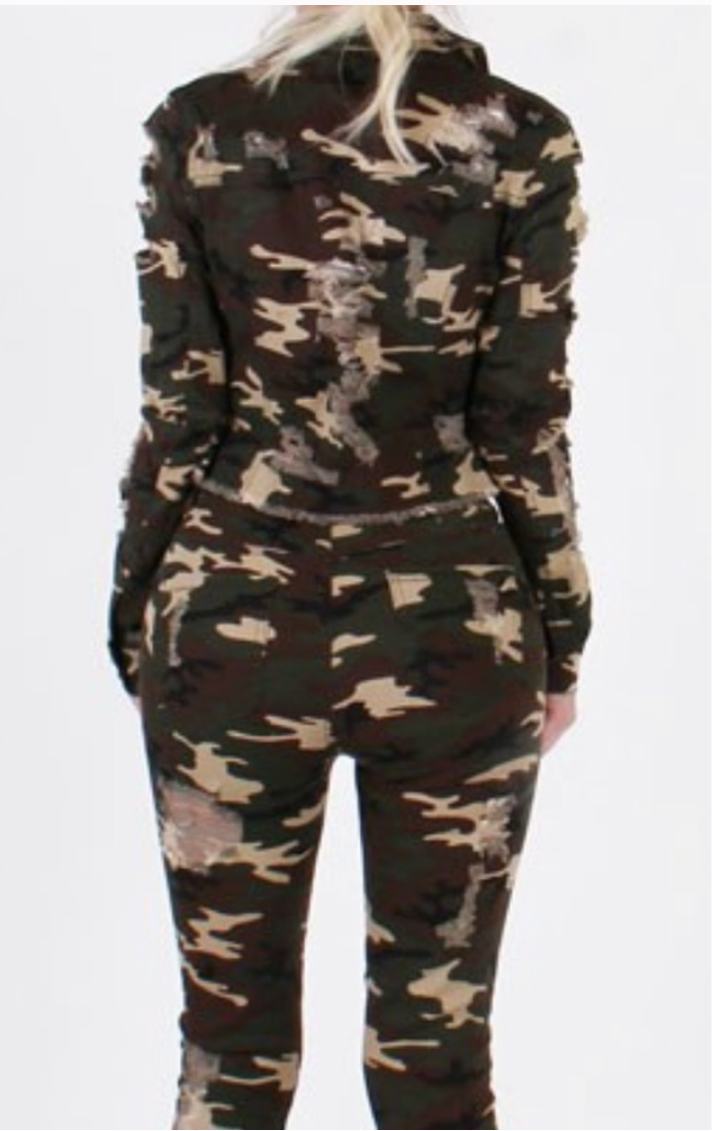 Women's Camo 2 Piece Jean Jacket Set
