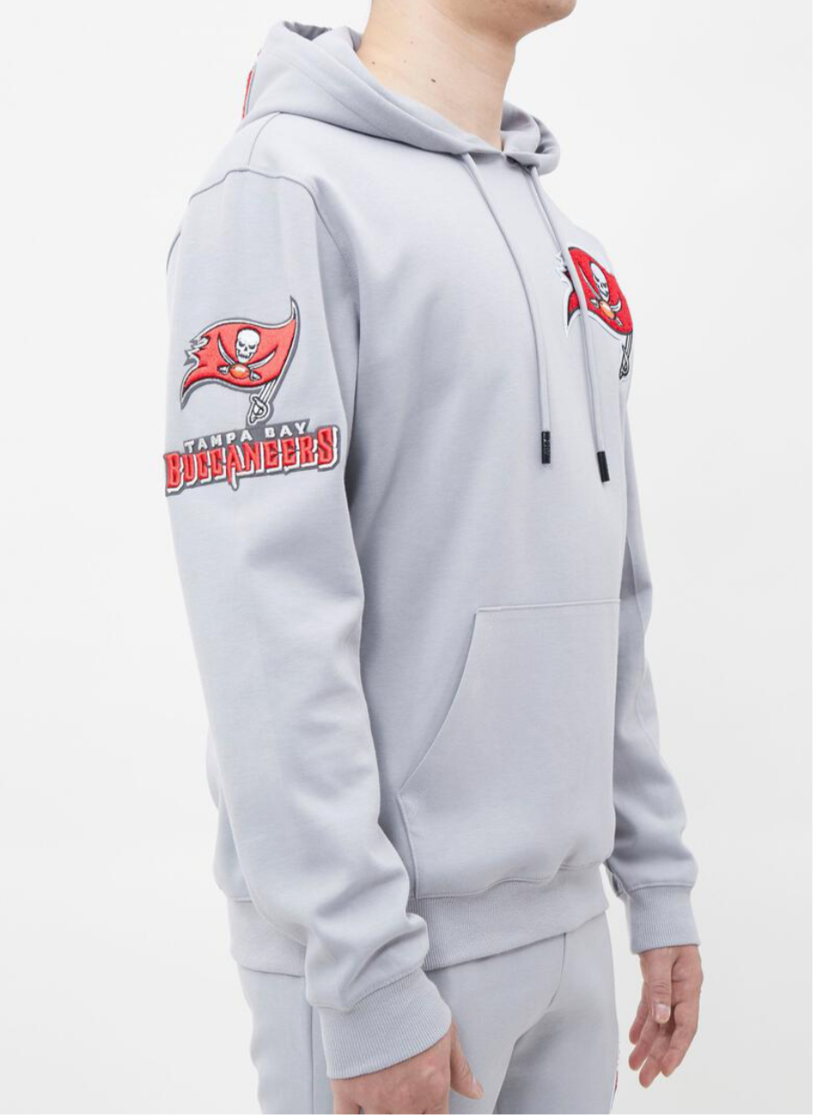 Men's  Pro Standard Tampa Bay Buccaneers 2 Piece Sweat Suit Set