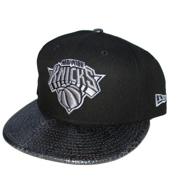 New Black Silver New York Knicks NBA Hat New Era